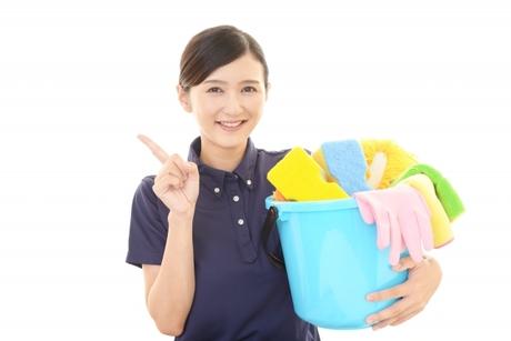 【未経験者歓迎】早起きするって気持ちがいい開店前のパチンコ店を掃除する<清掃スタッフ>の募集です。